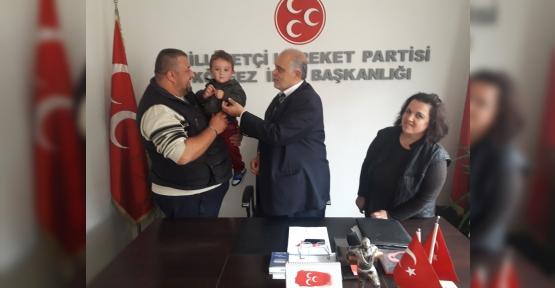 AİLE BOYU MHP'YE ÜYE OLDULAR