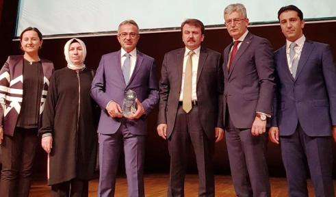 """GEBZE'NİN ÇEVRECİ PROJESİNE """"ÖZEL ÇEVRE"""" ÖDÜLÜ"""