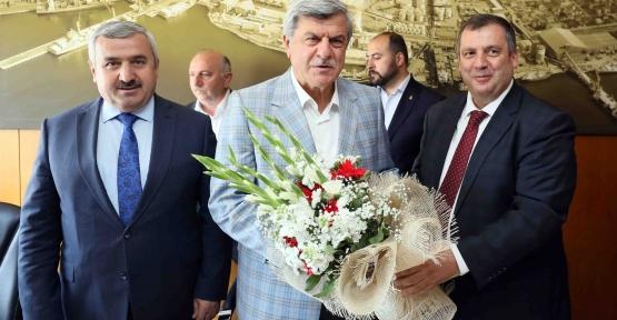 """Karaosmanoğlu; """"Bilişim üretime ve yatırıma yön veriyor"""""""