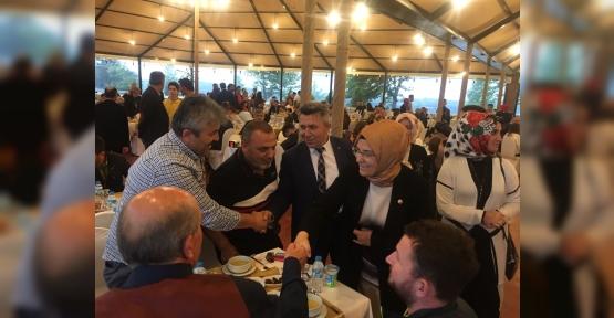 Katırcıoğlu, Kandıra'da vatandaşla buluştu