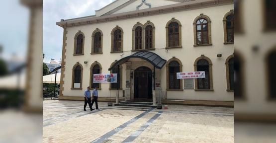 ZABITA'DAN CAMİ ÖNLERİNDE DİLENCİ NÖBETİ