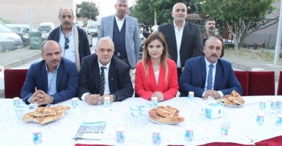Erzurumluların İftarında Siyasiler  Buluştu