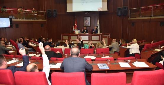 İZMİT MECLİSİ'NDE ÖNCE TOPLANTI ARDINDAN İFTAR