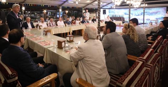 """Karaosmanoğlu; """"Türkiye'nin güçlenmesi, batının uykularını kaçırıyor"""""""