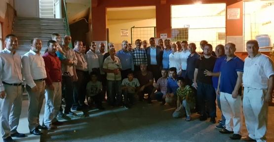 AK Parti İzmit  Sahaları Boş Bırakmıyor!