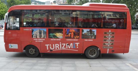 Kırmızı Otobüsle Turizmit Gezileri Devam Ediyor