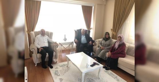 Başkan Baran'dan Taş  ve Özdemir'e Hac Ziyaret
