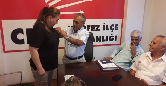 SERAP BAYKURT CHP'YE ÜYE OLDU