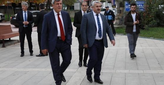 Karaosmanoğlu ; Metro Körfez'den Geçecek