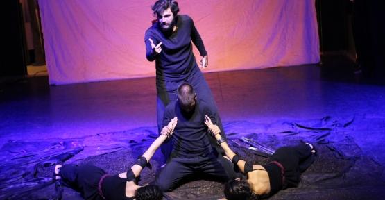 ADD Körfez Şubesinin Kuva-i Milliye Tiyatrosu İlgi ile İzlendi