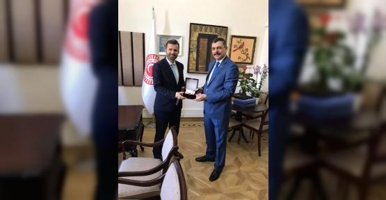 Çorum Valisi'nden Alim Erdemir'e ziyaret