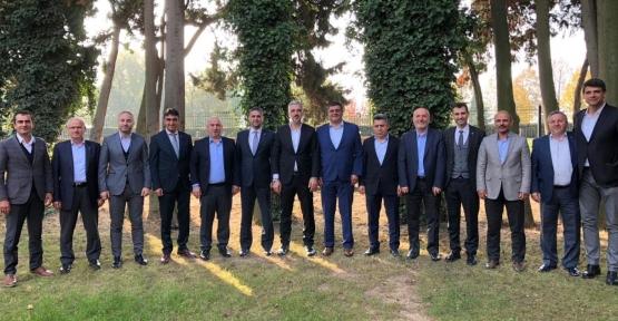 Eryarsoy, İlçe Başkanlarıyla Buluştu