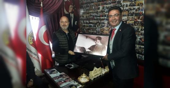 İYİ Parti'den Gazeteciler Cemiyetine Ziyaret