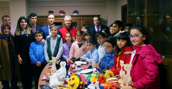 Suriyeli Çocuklar İçin Hediye Oyuncaklar
