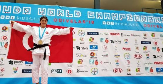 Zeynep Aydın Dünya Şampiyonu