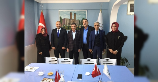 Ahmet Önal'a Ziyaretler Devam  Ediyor