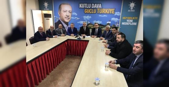 AK Parti'de İlçe Yönetimleri de Değişecek..!
