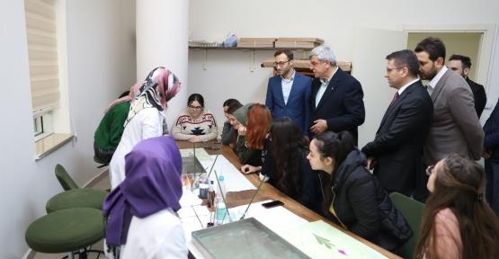 Başkan Karaosmanoğlu; ''Bütün İmkânlar Avuçlarınızın İçinde''