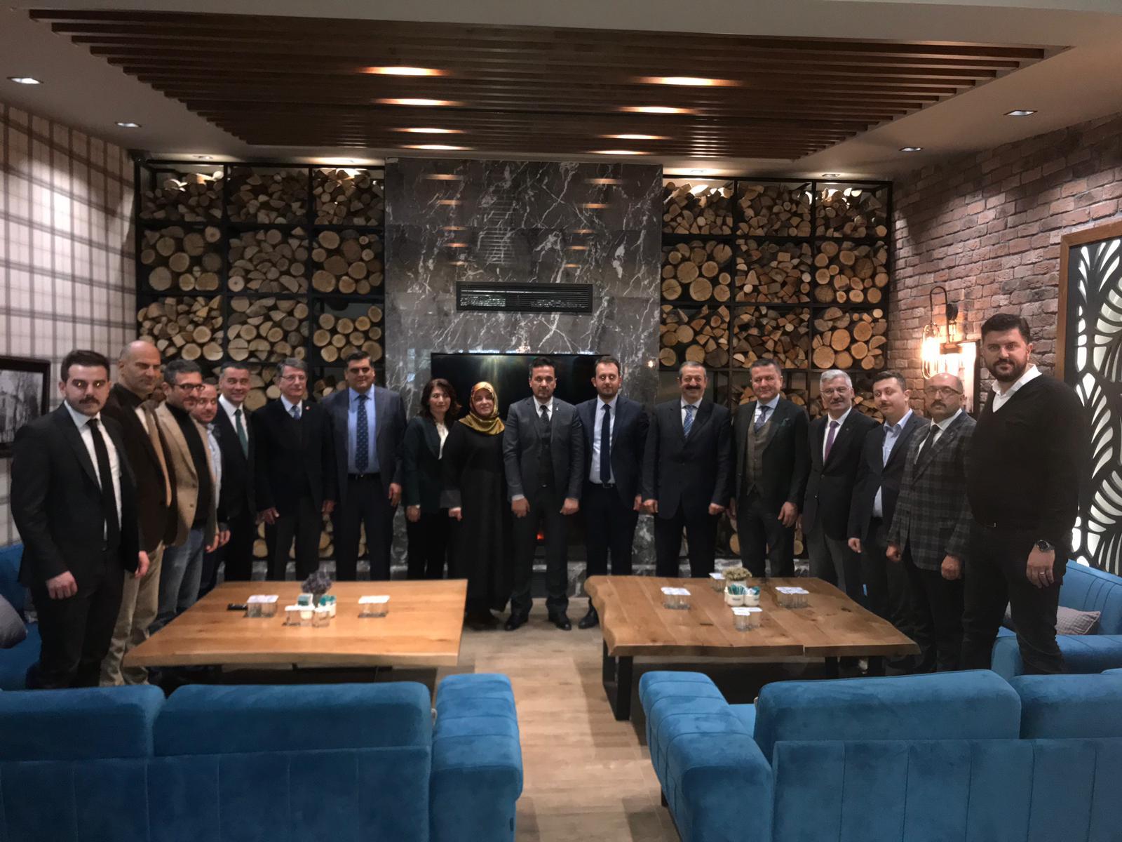 İzmit Belediye Başkan Aday Adayları Buluştu