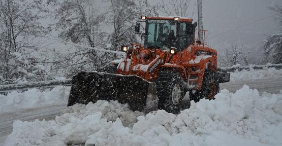 Kartepe Belediyesi Kar Timi İş Başında