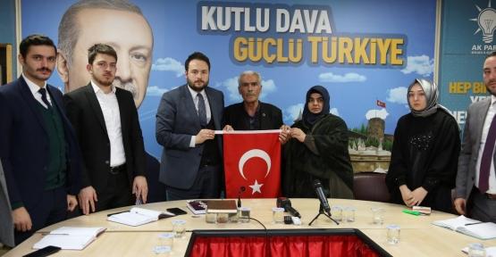 AK Gençler Şehit Fethi Sekin'in Ailesini Ağırladı