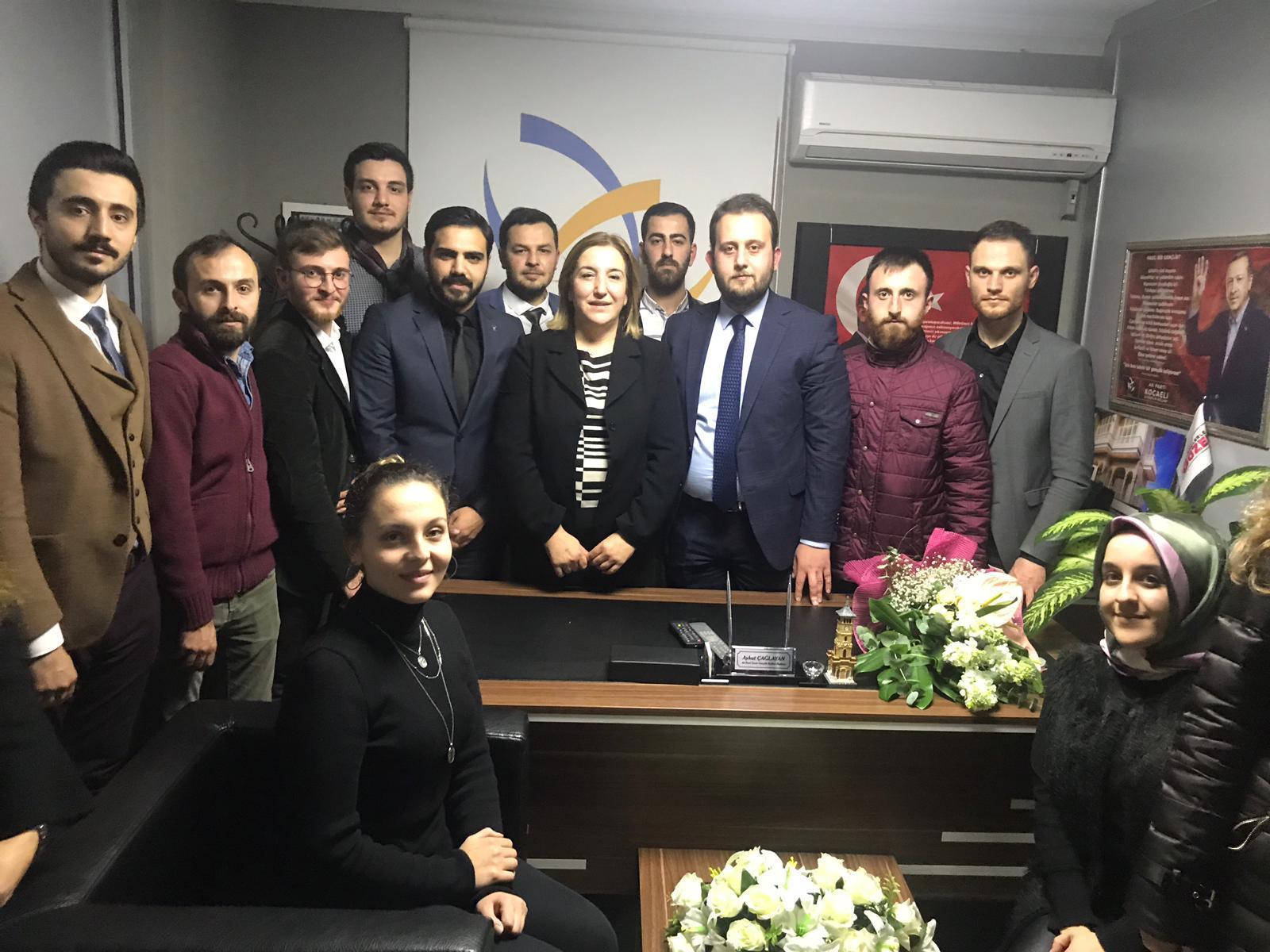 AK Partili Gençlerin Gönül Çalışması