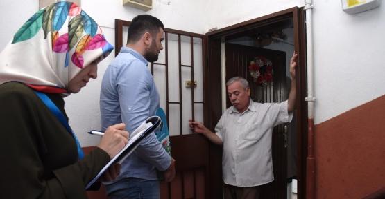 İzmit Belediyesi  160 Bin Evin Kapısını Çaldı