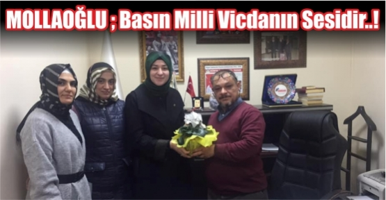 Mollaoğlu Basın Onur Gününü Çiçekle Kutladı