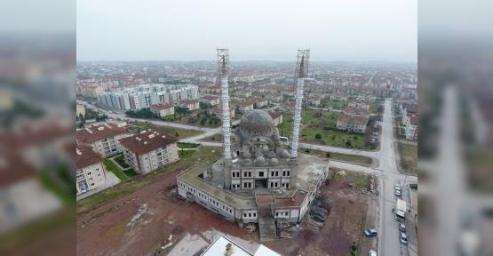Yesevi Camii'nde Hummalı Çalışmalar