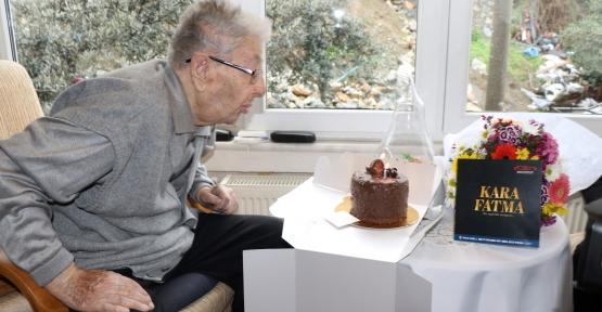 Asım Amcaya 100. Yaş Sürprizi