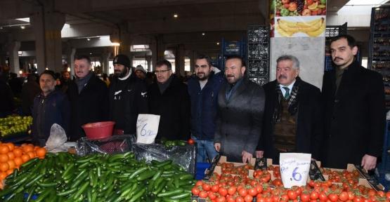 Başkan Doğan, İzmit'te Pazar Alanları Çağ Atladı