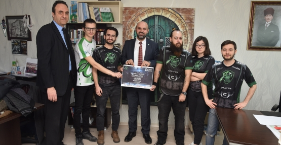 İzmit'te E-sports Turnuvası Başlıyor