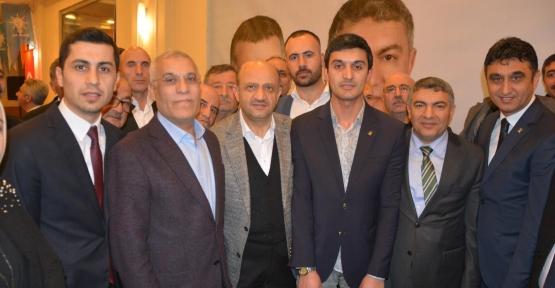 SP'li Başkan AK Parti'ye Katıldı