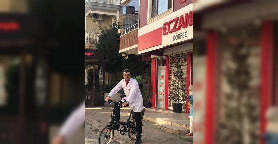 Caner Önce Kendi  Bisiklete Bindi