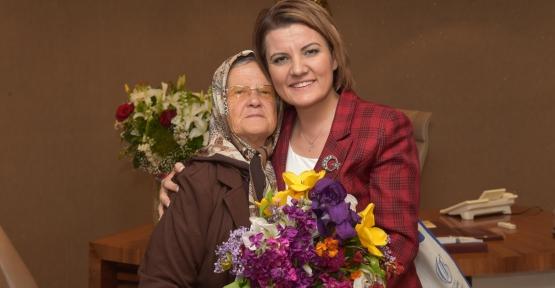 Başkan Hürriyet'ten Anneler Günü Mesajı