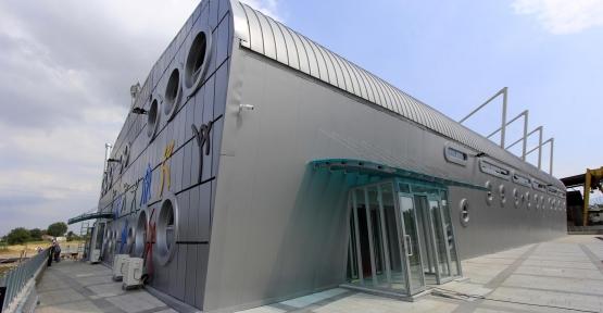 Orhangazi Spor Salonu'nun Çatısı Kaplanacak