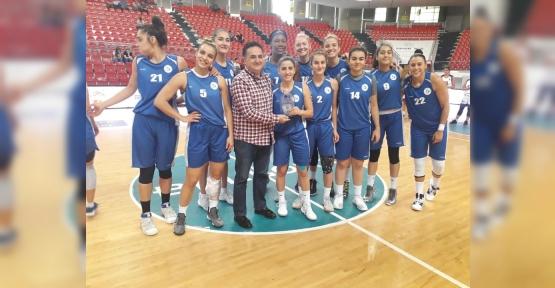 Erciyes Cup'ta Şampiyon İzmit Belediyesi