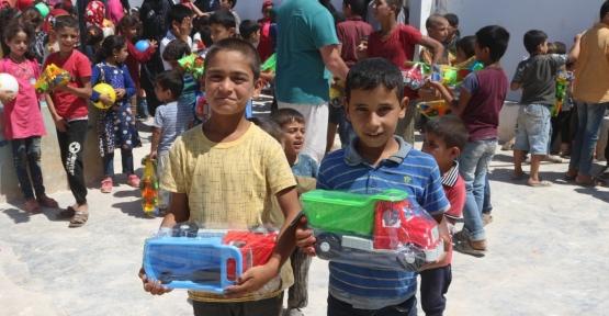 """İHH Kartepe'den Afrin'de """"Çocuk Şenliği""""!"""