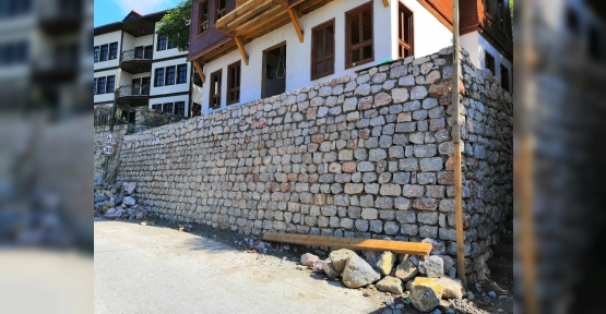 İzmit Belediyesi Tarihi Binaları Restore Ediyor