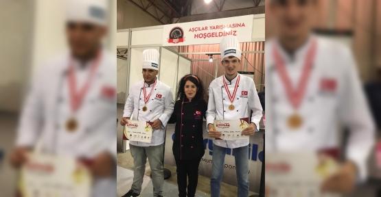 Cemil Meriç'te Eğitim Aldılar, Yarışmada 1. Oldular