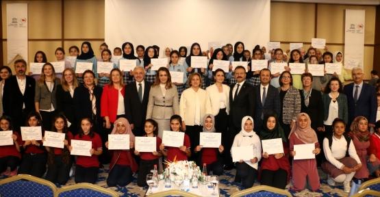 Geleceğe Yön Verecek Kızlar Kocaeli'de