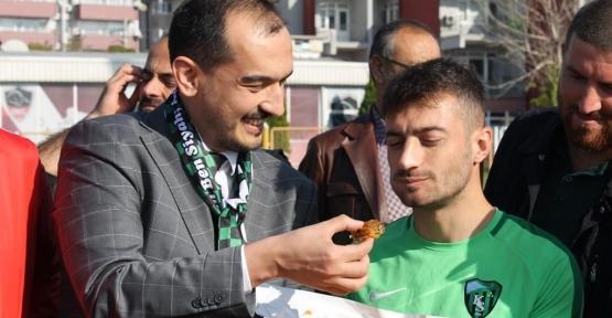 Ali Güney'den Maç Öncesi, Kocaelispor'a Moral Ziyareti