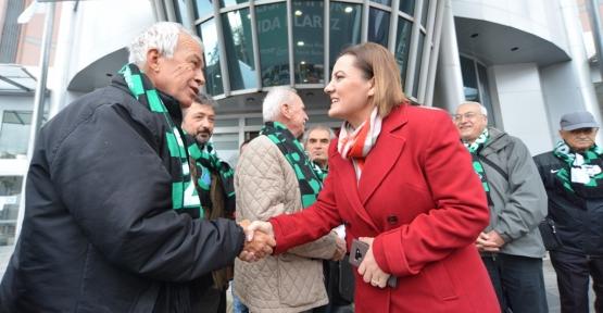 Hürriyet, Kocaelispor'un Eski Yöneticilerini Ve Efsane Futbolcularını Misafir Etti