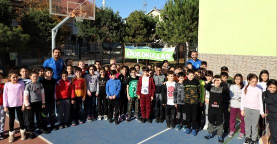 Kocaeli'de Binlerce Çocuk Sporla Geleceğe Hazırlanıyor