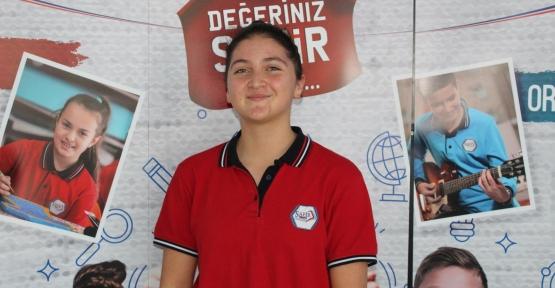 Safir Koleji'nden Türkiye Rekortmeni Çıktı