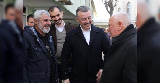 Başkan Büyükakın, İzmit Yenişehir Mahallesi'nde