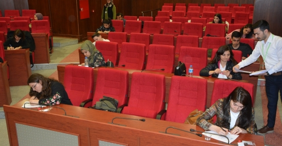 İzmit Belediyesi Kütüphaneci Alımı Sınavı Yapıldı