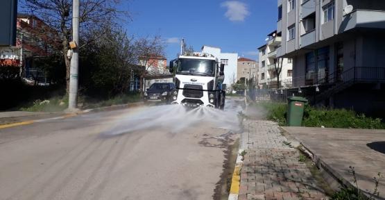 Körfez'de Her Bir Sokak Sabunlu Suyla Yıkanıyor