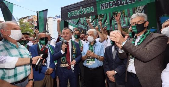 Kocaelispor'un Şampiyonluk Yolu Sergileniyor