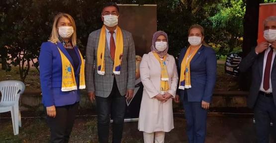 İYİ Parti Körfez'de Önce Esnafı Gezdi Sonra Üye Katılımı Gerçekleştirdi